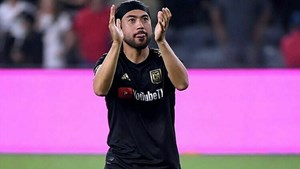 V-League 'bật đèn xanh' để Lee Nguyễn gia nhập CLB TP HCM