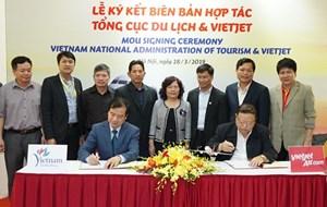 Ký kết Biên bản hợp tác xúc tiến, quảng bá du lịch giữa Tổng cục Du lịch và Vietjet Air