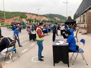 Quảng Ninh: 4.000 đoàn viên thanh niên ra quân ngày đầu thực hiện cách ly toàn xã hội