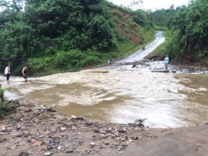 Mưa lớn, nhiều tỉnh miền núi phía Bắc: Ngập lụt, sạt lở nghiêm trọng