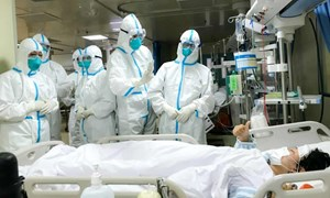 Số người chết vì virus corona ở Trung Quốc lên 2.345