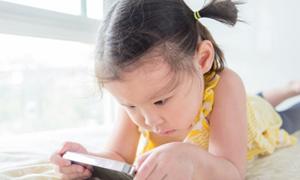 7 lời khuyên giúp ngăn trẻ nghiện điện thoại