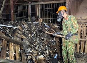 Vụ cháy Công ty Rạng Đông: Đã tẩy độc được 2.000 m2