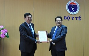 Thứ trưởng Bộ Y tế Đỗ Xuân Tuyên được chuẩn y giữ chức Bí thư Đảng ủy