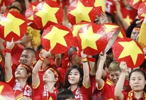 Cổ đông viên Việt 'đốt cháy' khán đài