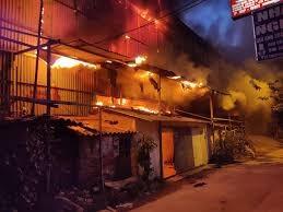 [VIDEO] Cháy lớn tại Công ty bóng đèn phích nước Rạng Đông