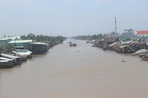 Liên tiếp xảy ra sạt lở ven sông Sài Gòn