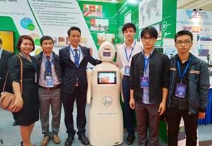 Cửa sáng cho robot 'made in Vietnam'