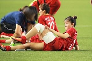 Một ngày dài của trung vệ đội tuyển nữ Việt Nam