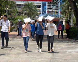 Quảng Nam cho học sinh trung học phổ thông, sinh viên một số địa phương nghỉ học