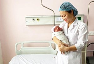 Cứu sống thai nhi ngay trong bụng sản phụ bị tai nạn giao thông