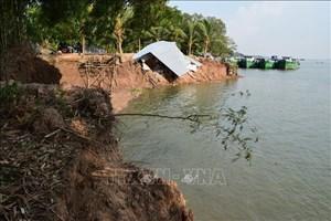 Đồng Tháp: Nan giải tình trạng sạt lở bờ sông Tiền
