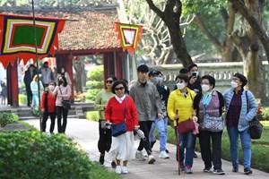 Nhiều di tích tại Hà Nội tạm dừng đón khách