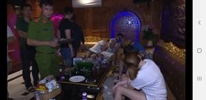 Đà Nẵng: Phát hiện 58 người trong quán karaoke dương tính với ma túy