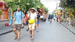 Khách du lịch quốc tế đến Việt Nam tăng mạnh trong dịp Tết