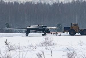 Máy bay chiến đấu không người lái mới của Nga lần đầu cất cánh