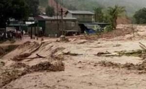 Thanh Hóa: Một phụ nữ bị nước lũ cuốn trôi