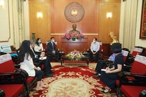 BẢN TIN MẶT TRẬN: MTTQ Việt Nam tiếp nhận ủng hộ phòng, chống dịch