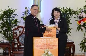 'Đổi mới mang lại cuộc sống ấm no cho đồng bào Công giáo'