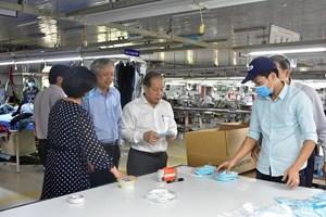 Thừa Thiên - Huế cấp miễn phí 100% khẩu trang vải kháng khuẩn cho giáo viên và học sinh