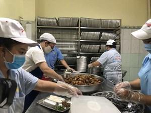 Giám sát các cơ sở cung cấp suất ăn sẵn, bếp ăn tập thể
