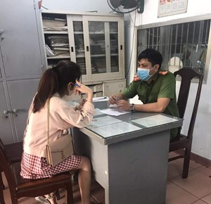 Thừa Thiên - Huế: Xử phạt hai trường hợp không đeo khẩu trang nơi công cộng