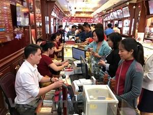Giá vàng SJC đồng loạt giảm mạnh phiên mở cửa ngày cuối tuần