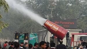 Ấn Độ thử nghiệm 'súng nước' chống ô nhiễm không khí