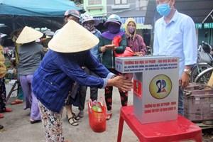Quảng Nam: Đặt 12 máy sát khuẩn tự động tại một số chợ, cơ quan
