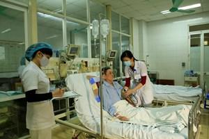 Nâng chất lượng khám chữa bệnh qua cơ chế tự chủ - Bài 1: Tự kiếm tiền để nuôi bộ máy khám chữa bệnh