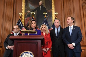 Tổng thống Mỹ đối diện 2 điều khoản luận tội của Hạ viện