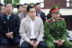Xét xử Vũ 'nhôm' và 2 cựu chủ tịch Đà Nẵng: Ai công bố tài liệu mật sẽ bị xử lý
