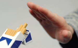 Nên dừng hút thuốc lá 4 tuần trước phẫu thuật
