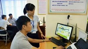 Sử dụng dịch vụ công trực tuyến: Tiện lợi, giảm nguy cơ