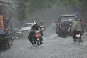 Tây Nguyên và Nam Bộ có mưa rất to, đề phòng lũ quét sạt lở đất