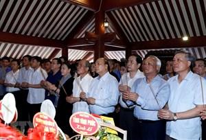 Lãnh đạo Quốc hội, Chính phủ, MTTQ Việt Nam dâng hương tưởng niệm Chủ tịch Hồ Chí Minh