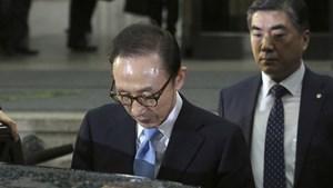 Cựu Tổng thống Hàn Quốc Lee Myung-bak bị buộc tội tham nhũng
