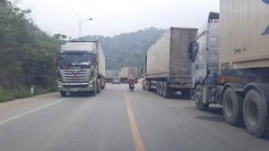 Lạng Sơn: Điều tra việc tài xế 'tố' bị chèn ép, nâng giá vận chuyển nông sản qua cửa khẩu