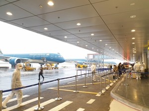 3 chuyến bay đưa 159 người về từ châu Âu hạ cánh xuống Sân bay Vân Đồn