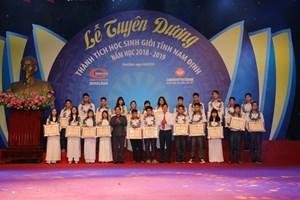 Nam Định: Vinh danh học sinh đạt thành tích cao trong học tập