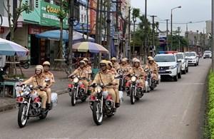 CSGT ra quân tổng kiểm tra các phương tiện giao thông