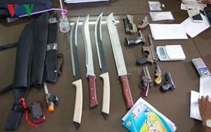 Bà Rịa – Vũng Tàu: Bắt đối tượng buôn bán ma túy đá tàng trữ vũ khí nóng