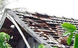 Bạc Liêu: Mưa lớn kèm lốc xoáy khiến 45 căn nhà tốc mái, sập đổ