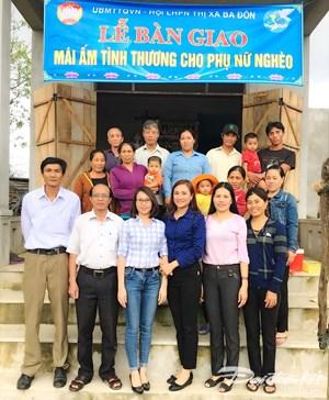 Bàn giao 2 ngôi nhà 'Mái ấm tình thương' cho phụ nữ nghèo ở Quảng Thuận