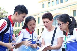Sinh viên đi học trở lại: Vẫn nhiều băn khoăn