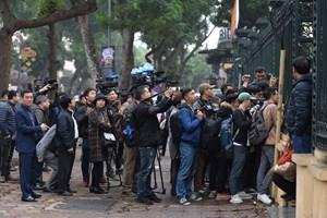 Báo chí nước ngoài có được dự xét xử do tòa án quyết định