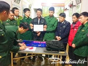 Bắt đối tượng vận chuyển 8 nghìn viên ma túy từ Lào về Việt Nam