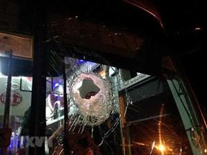Bắt khẩn cấp các đối tượng ném đá xe khách trên đường Hồ Chí Minh