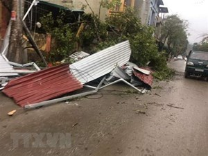 Mưa đá, giông lốc và lũ quét gây thiệt hại tại Sơn La
