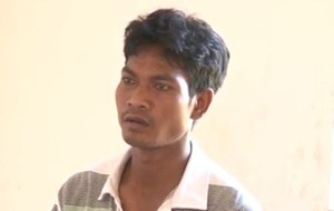Bé gái 14 tuổi bị hiếp dâm tại nhà vệ sinh công cộng